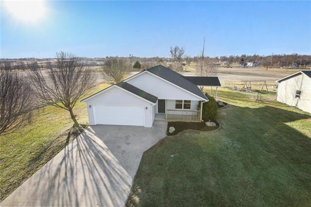 603 Jennifer Lane Property Photo - Garden City, MO real estate listing