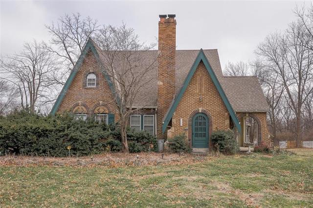 9745 Grandview Road Property Photo - Kansas City, MO real estate listing