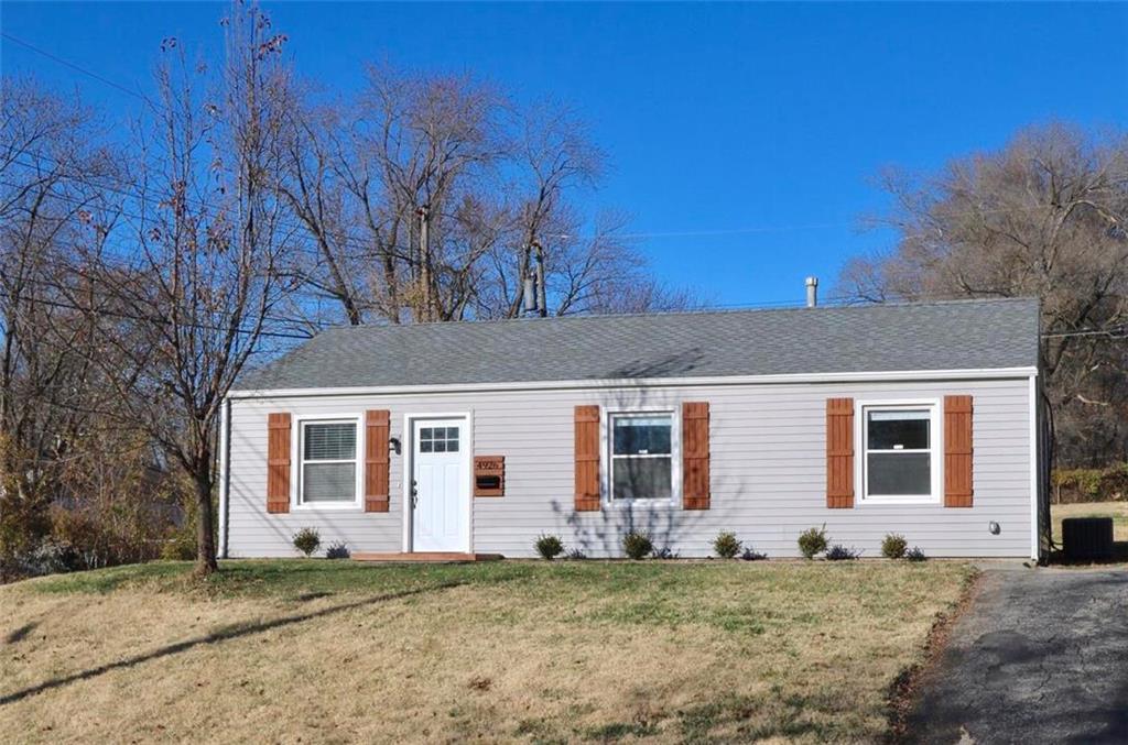 4926 Oak Grove Road Property Photo - Kansas City, KS real estate listing