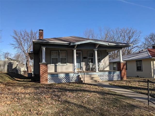 2817 Renick Street Property Photo - St Joseph, MO real estate listing