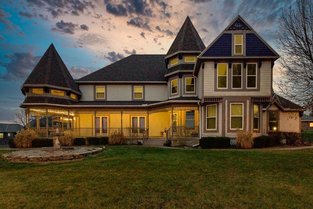 15401 Antioch Road Property Photo - Overland Park, KS real estate listing