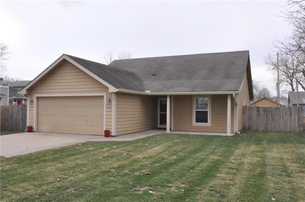 425 Bowen Street Property Photo - Linwood, KS real estate listing