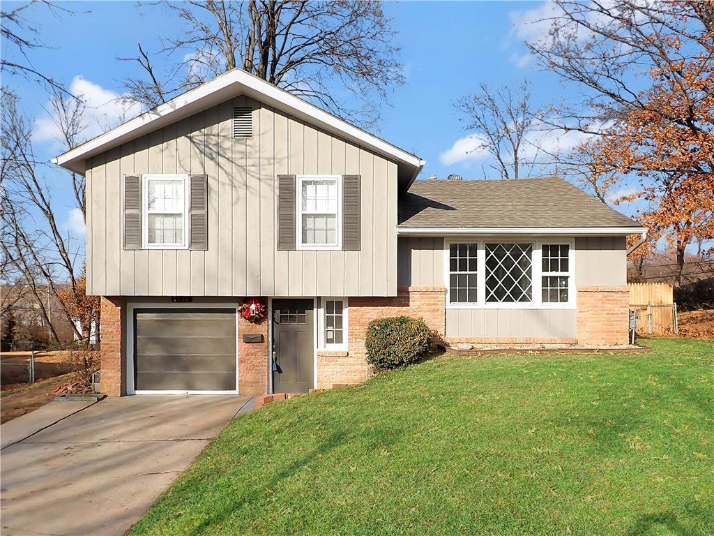 5804 E 96th Terrace Property Photo - Kansas City, MO real estate listing
