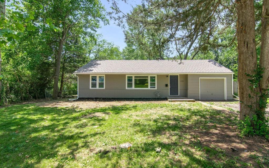 1105 E 134th Street Property Photo - Grandview, MO real estate listing