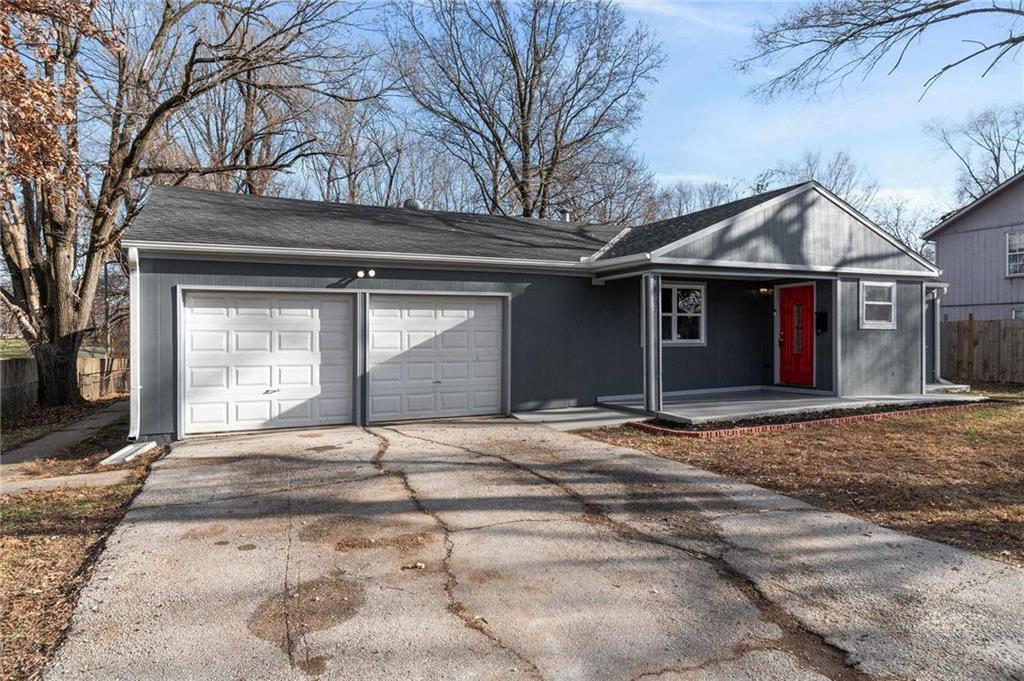 5207 SKILES Avenue Property Photo - Kansas City, MO real estate listing