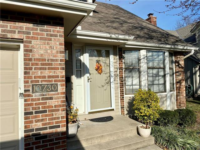 10730 W 115th Place Property Photo - Overland Park, KS real estate listing