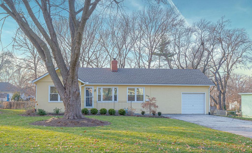 5716 Woodward Street Property Photo - Merriam, KS real estate listing