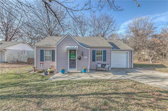 5904 Stearns Street Property Photo - Shawnee, KS real estate listing