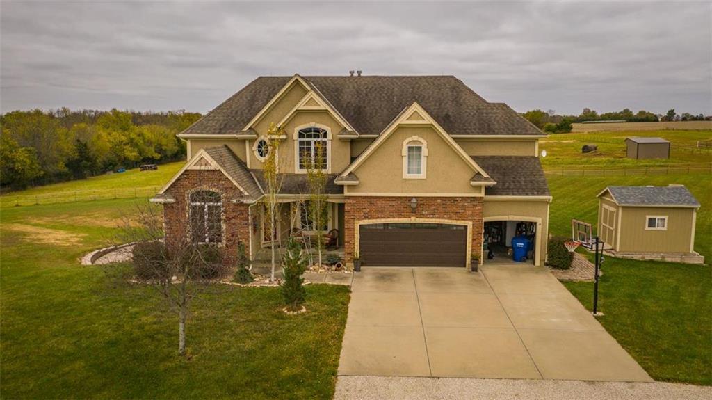 10033 311th Street Property Photo - Louisburg, KS real estate listing
