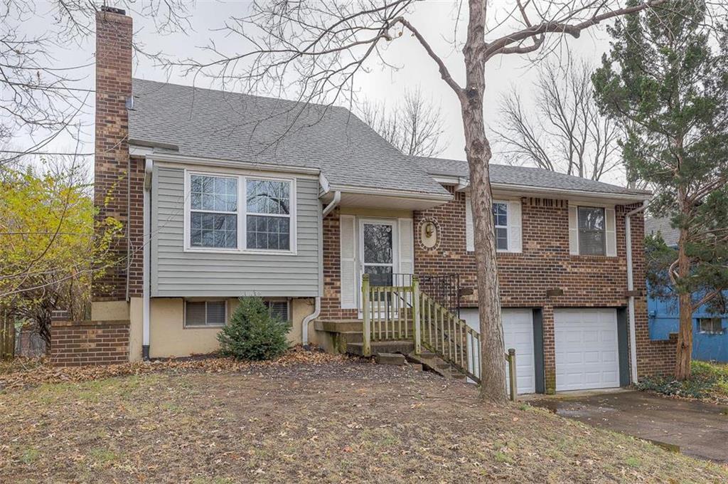 12907 Sycamore Street Property Photo - Olathe, KS real estate listing