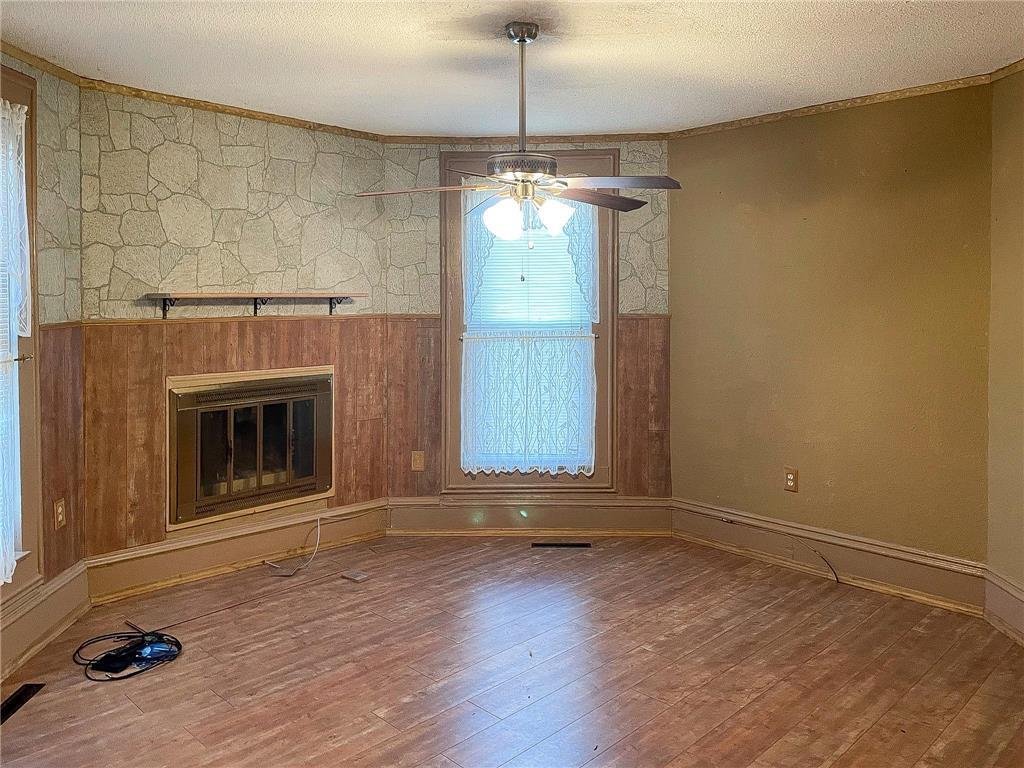 702 S Summit Avenue Property Photo 23