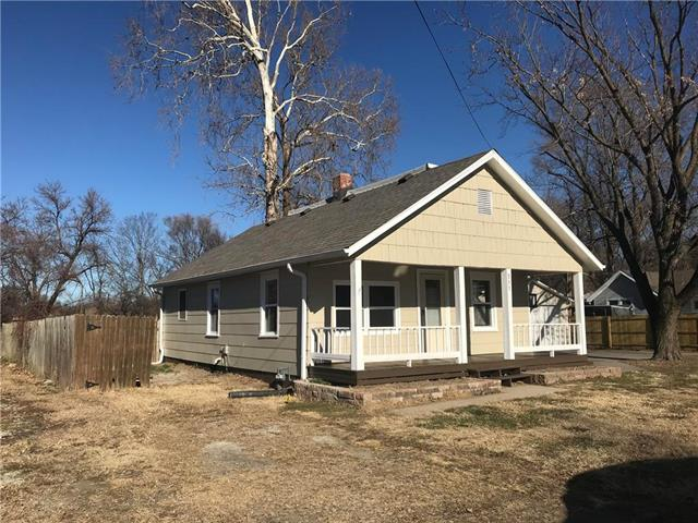 511 W Walter Lane Property Photo - St Joseph, MO real estate listing