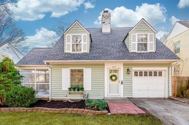 605 E 66th Street Property Photo - Kansas City, MO real estate listing