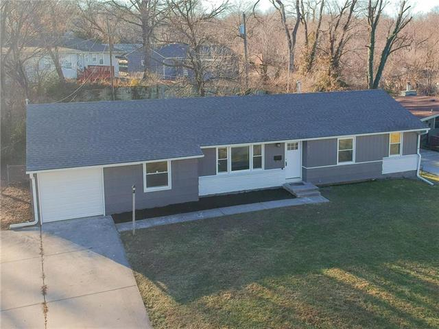 6303 Fairlane Drive Property Photo - Kansas City, MO real estate listing