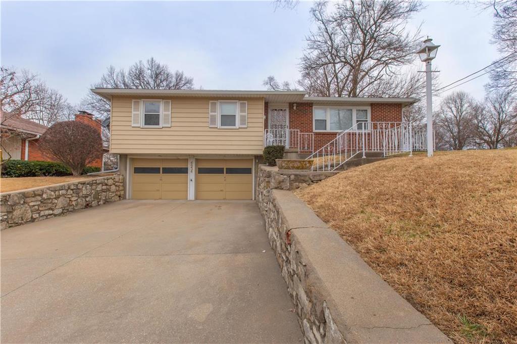 4934 Georgia Avenue Property Photo - Kansas City, KS real estate listing