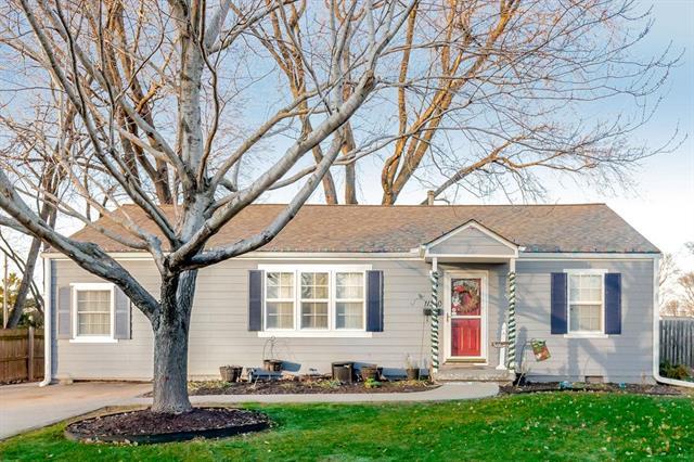 11320 W 67th Street Property Photo - Shawnee, KS real estate listing
