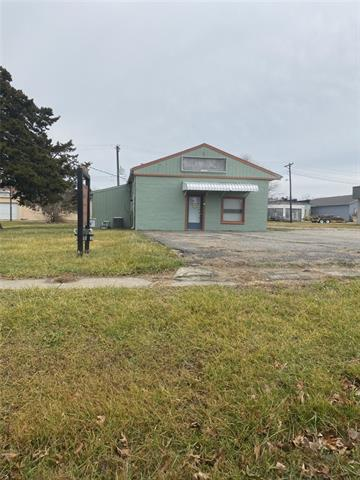 205 Date Street Property Photo - Garden City, MO real estate listing