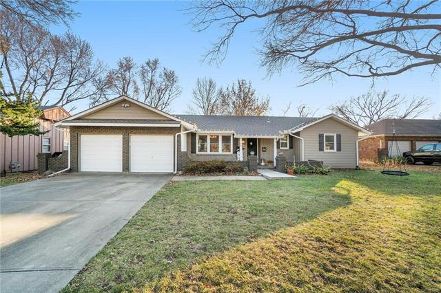 11803 W 52nd Terrace Property Photo - Shawnee, KS real estate listing