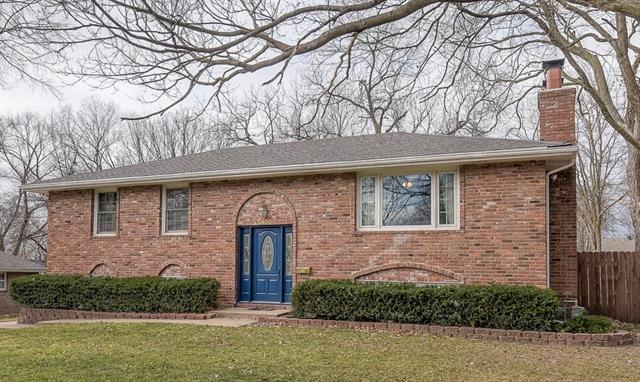 8404 Russell Street Property Photo - Overland Park, KS real estate listing
