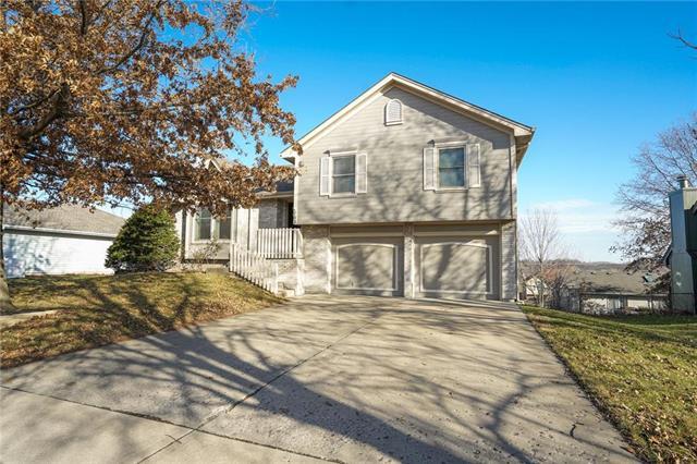 103 Sumac Street Property Photo - Smithville, MO real estate listing