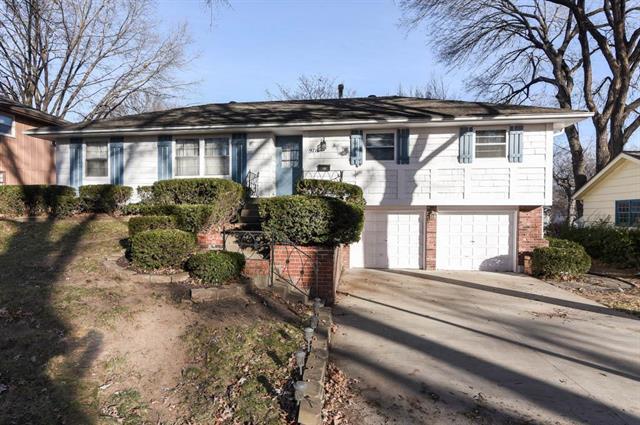 9716 W 93rd Street Property Photo - Overland Park, KS real estate listing