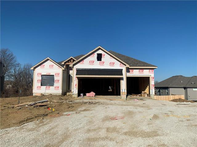 1116 NW Aspen Court Property Photo - Grain Valley, MO real estate listing