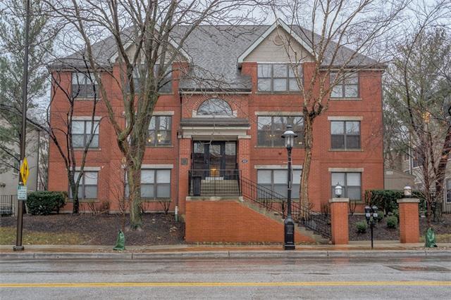 435 W 9th Street #303 Property Photo