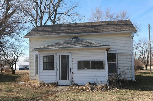 113 S Main Street Property Photo - Fairview, KS real estate listing