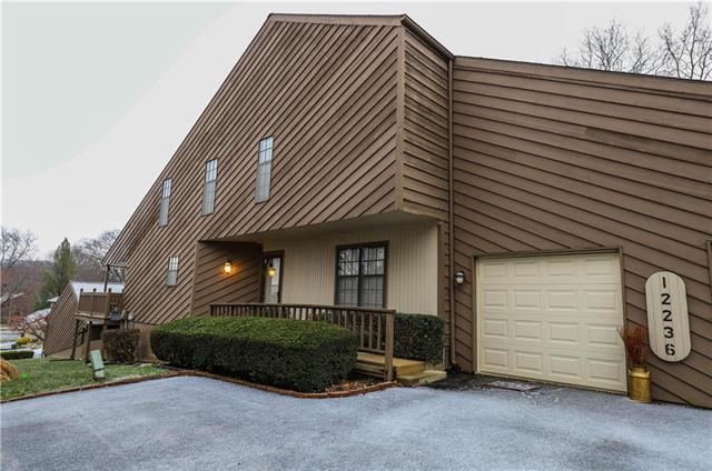 12236 Holmes Lane Property Photo - Kansas City, MO real estate listing