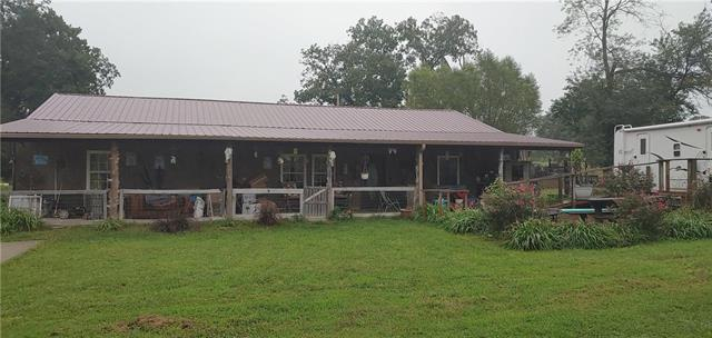1490 NW 700 Road Property Photo - Urich, MO real estate listing