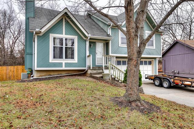 7005 NE 46th Street Property Photo - Kansas City, MO real estate listing