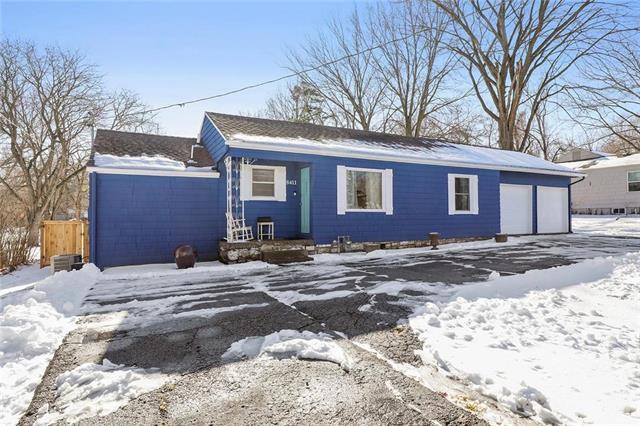 8411 W 80th Street Property Photo - Overland Park, KS real estate listing
