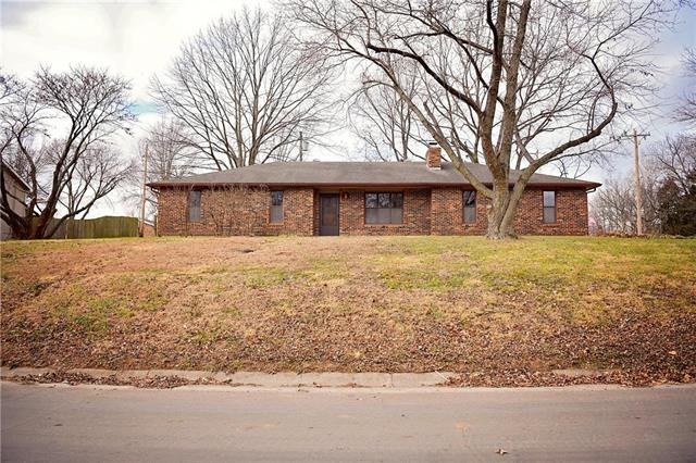 903 Pine Street Property Photo - Eudora, KS real estate listing