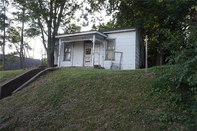 729 Rock Street Property Photo - Weston, MO real estate listing