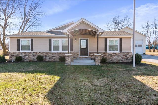 508 W Samuel Street Property Photo - Hamilton, MO real estate listing