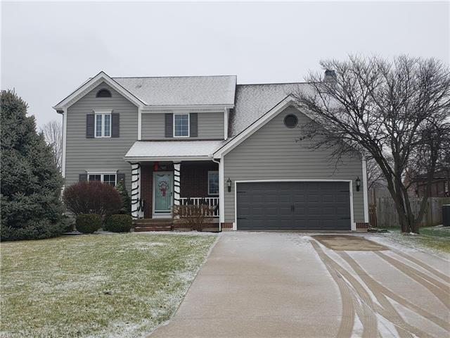 279 SE SUMPTER Court Property Photo - Lee's Summit, MO real estate listing