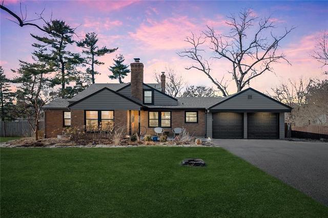 8638 MARTY Street Property Photo - Overland Park, KS real estate listing