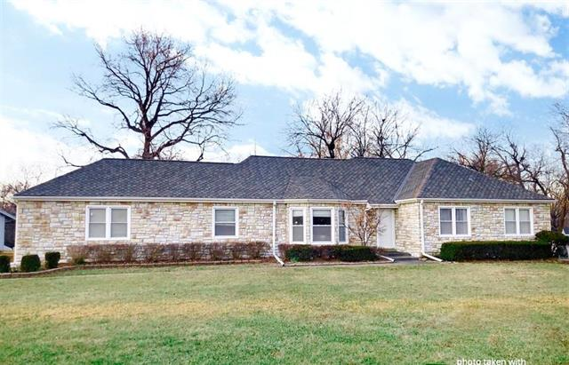 3900 W 99th Street Property Photo - Overland Park, KS real estate listing