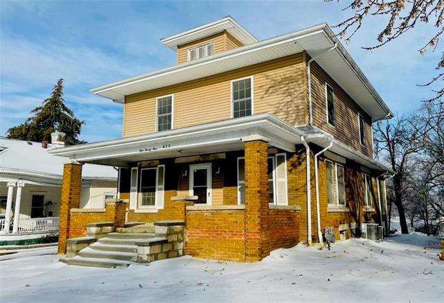 429 W 12th Street Property Photo - Trenton, MO real estate listing