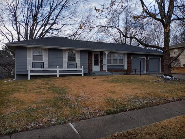 311 SW 5TH Street Property Photo - Blue Springs, MO real estate listing