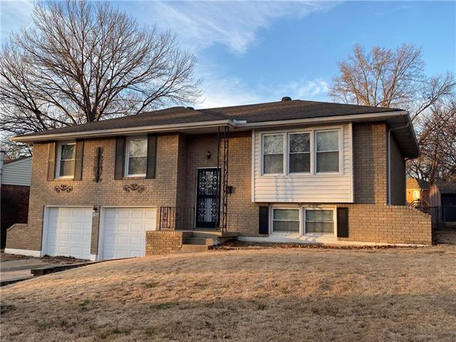 15306 E 43rd Place Property Photo - Independence, MO real estate listing