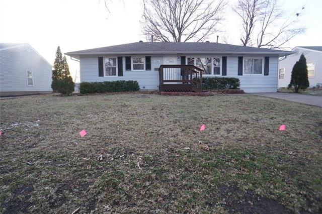 1216 N Farview Drive Property Photo - Independence, MO real estate listing