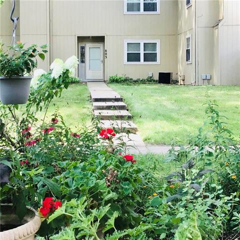 811 E 121st Terrace Property Photo - Kansas City, MO real estate listing