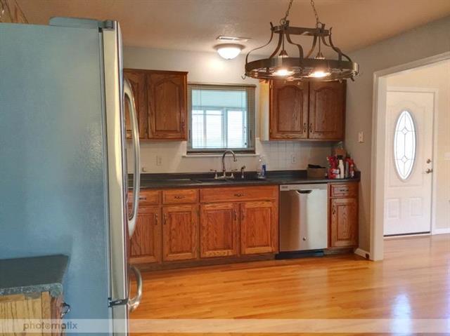 403 Hillcrest Street Property Photo - Lansing, KS real estate listing