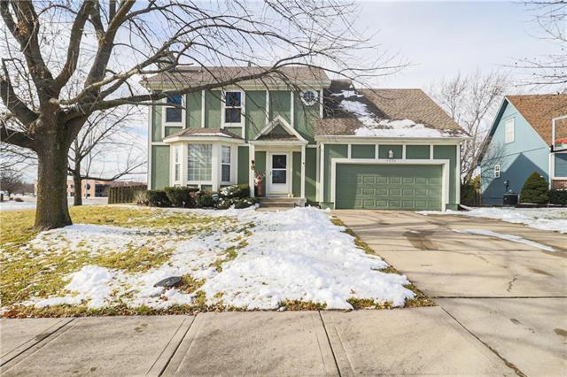 14030 S Constance Court Property Photo - Olathe, KS real estate listing
