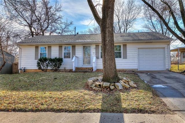 5309 NE 44th Street Property Photo - Kansas City, MO real estate listing