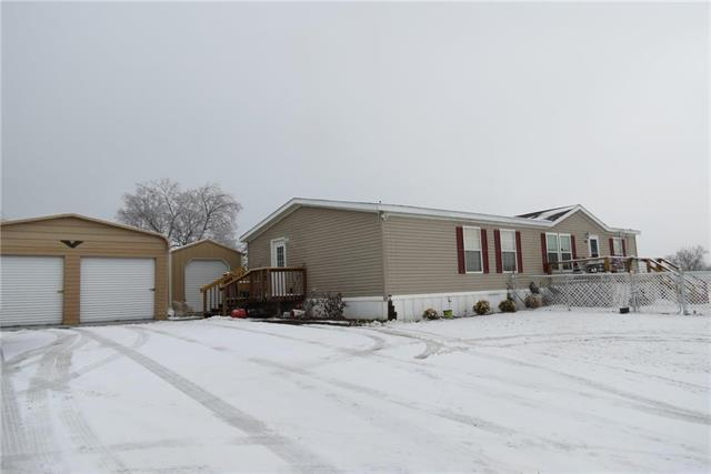 503 NW 165th Street Property Photo - Centerview, MO real estate listing