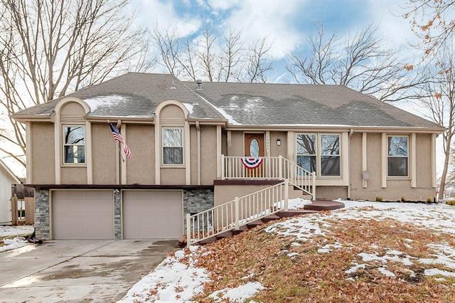 10400 WEDD Street Property Photo - Overland Park, KS real estate listing