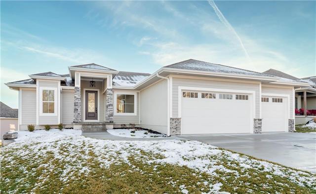 213 Broadmoor Drive Property Photo - Louisburg, KS real estate listing