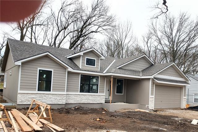 2339 W 77th Street Property Photo - Prairie Village, KS real estate listing